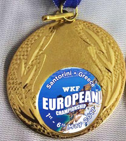 gold-medaille-santorini